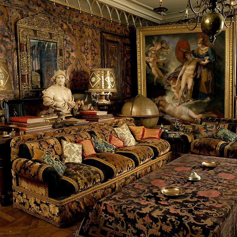 Rudolf_Nureyev_Paris Louvre apartment