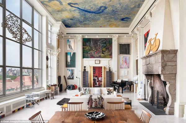art-filled new york city apartment