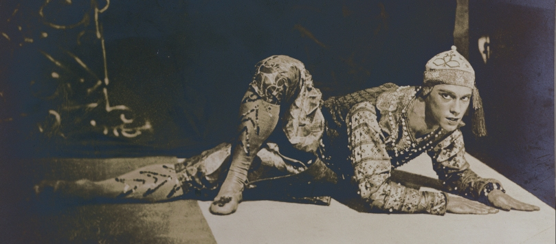 Nijinsky performing the Danse Siamoise from 'Les Orientales' by Foquine (1880-1942) performed in Paris, 1910 (sepia photo)