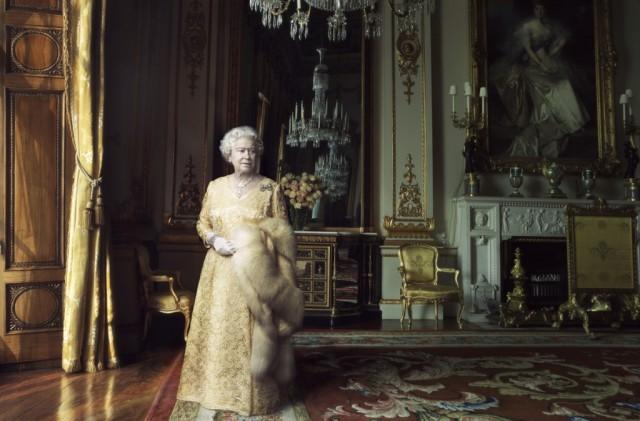 queen-elizabeth-ii-7