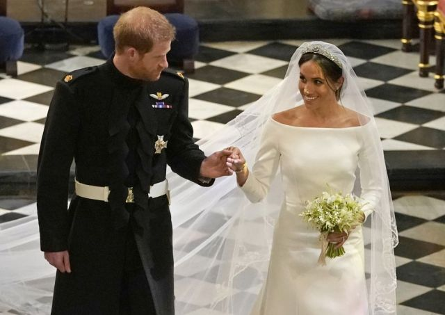 hbz-prince-harry-meghan-markle-wedding-ceremony-gettyimages-960132524-1526754739