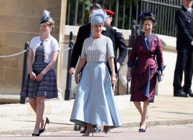 Lady-Louise-Prince-Harry-Wedding
