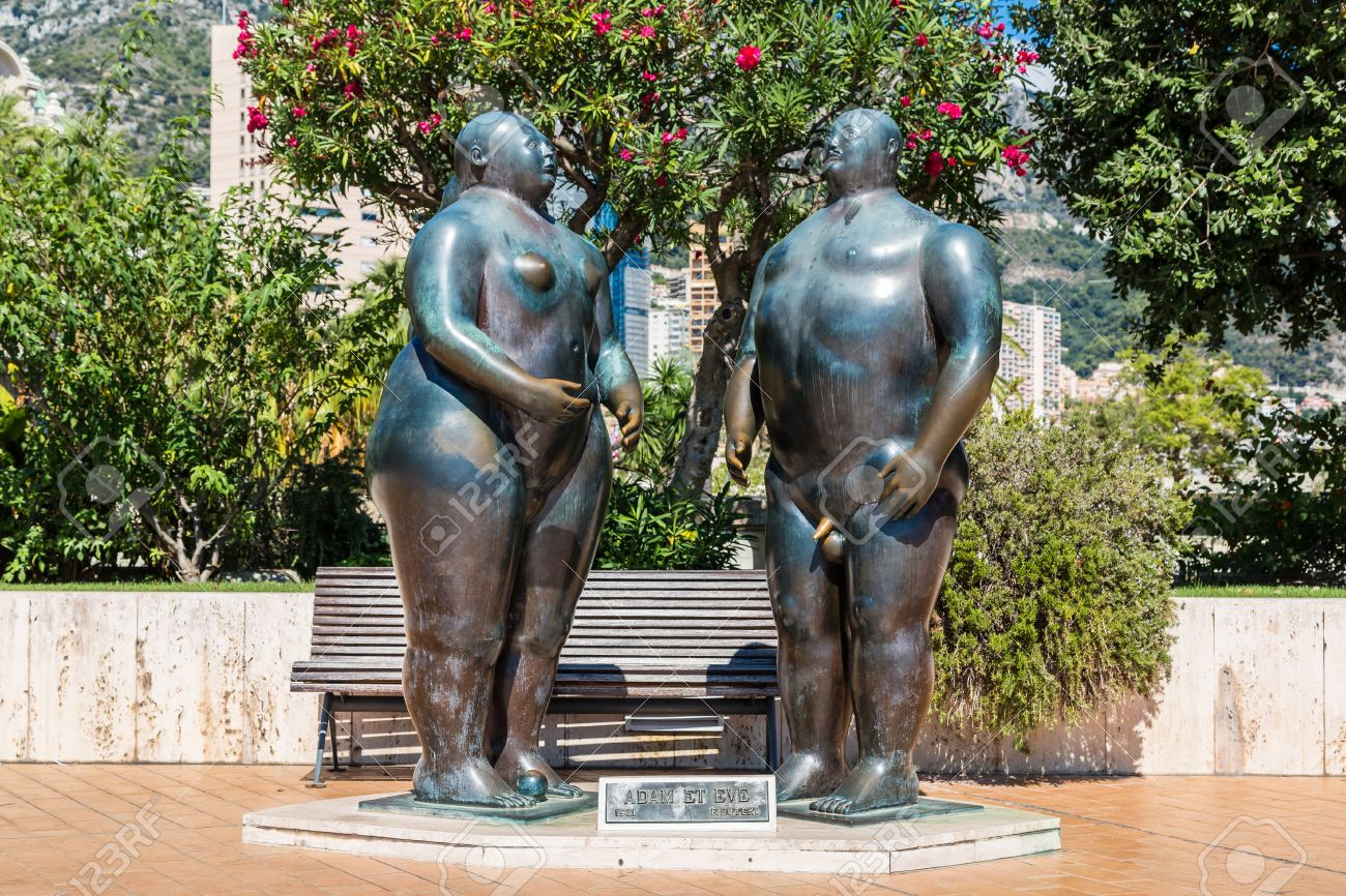 Sculpture of Adam and Eve in Monte Carlo