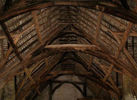 castle-ceiling-medieval-castles-pinterest-gothic-ceiling-castle-s-8a46b6e49f348c1f