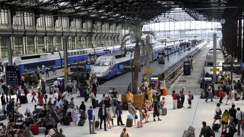 france-train-holidays_521977