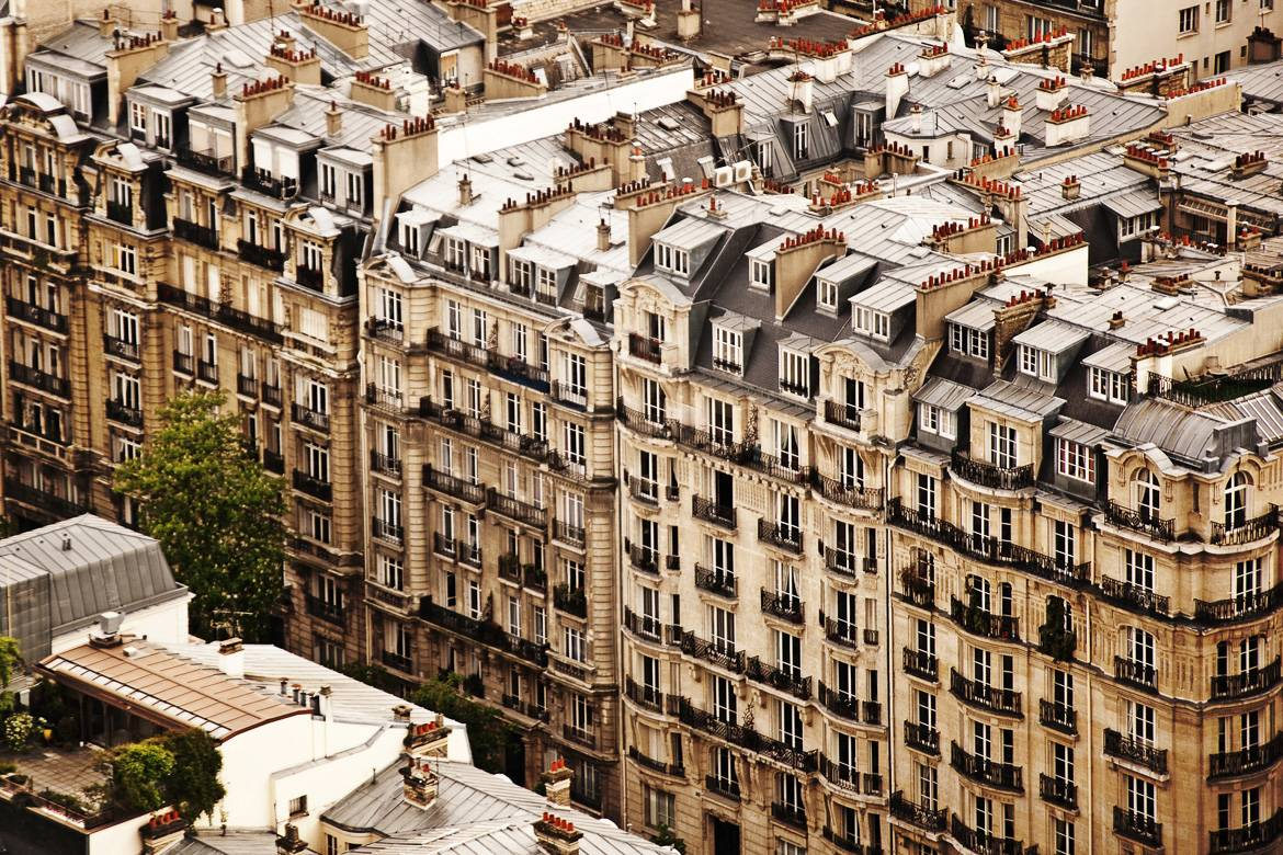 4-things-about-Paris-stairs-elevators-haussmann-grand-boulevards