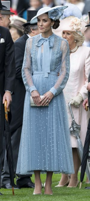 catherine-duchess-of-cambridge-on-day-one-of-royal-ascot-at-news-photo-1150564025-1560867912