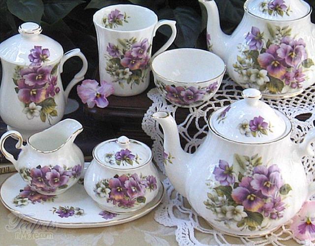 pansy-tea-set-blog-pic